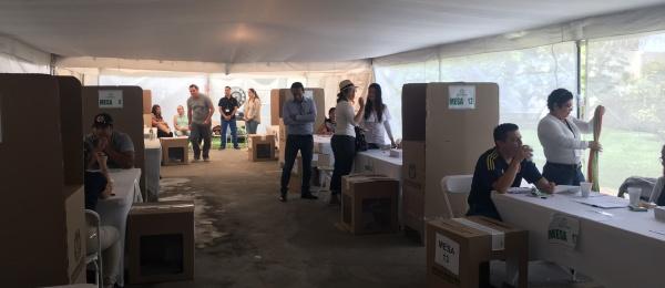 Con normalidad se realizan las elecciones de Presidente y Vicepresidente 2018 en el Puestos de votación en San Juan de Costa Rica